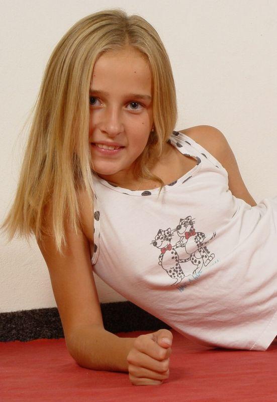 Tits Sexy Nonude Schoolgirl Gif