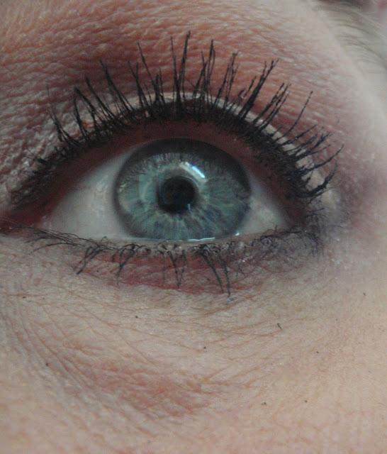 bare minerals flawless definition waterproof mascara