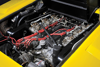 Lamborghini Countach LP400 Periscopio Engine 01