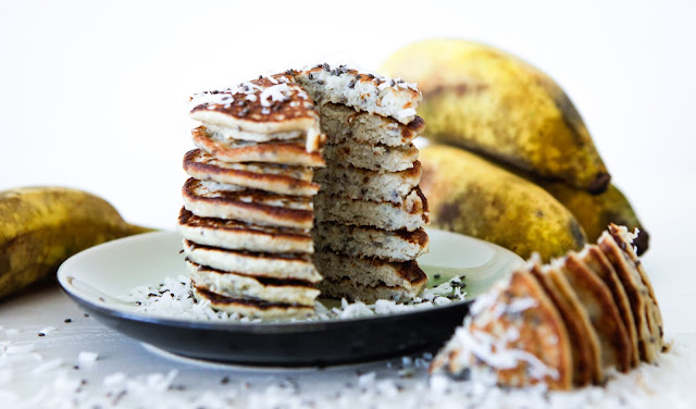 Coconut and Chia Pancakes 5 Ingredients (Paleo, GAPS, Grain free and Dairy free)