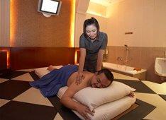 Massage surabaya/jasa pijat panggilan ke hotel di hotel area bandara juanda sidoarjo tenaga wanita /cewek