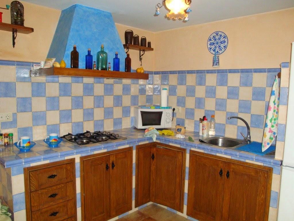 El maestro de obras xavier valderas las cocinas for Cocinas de ceramica fotos