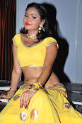 shreya vyas latest hot pics-thumbnail-18