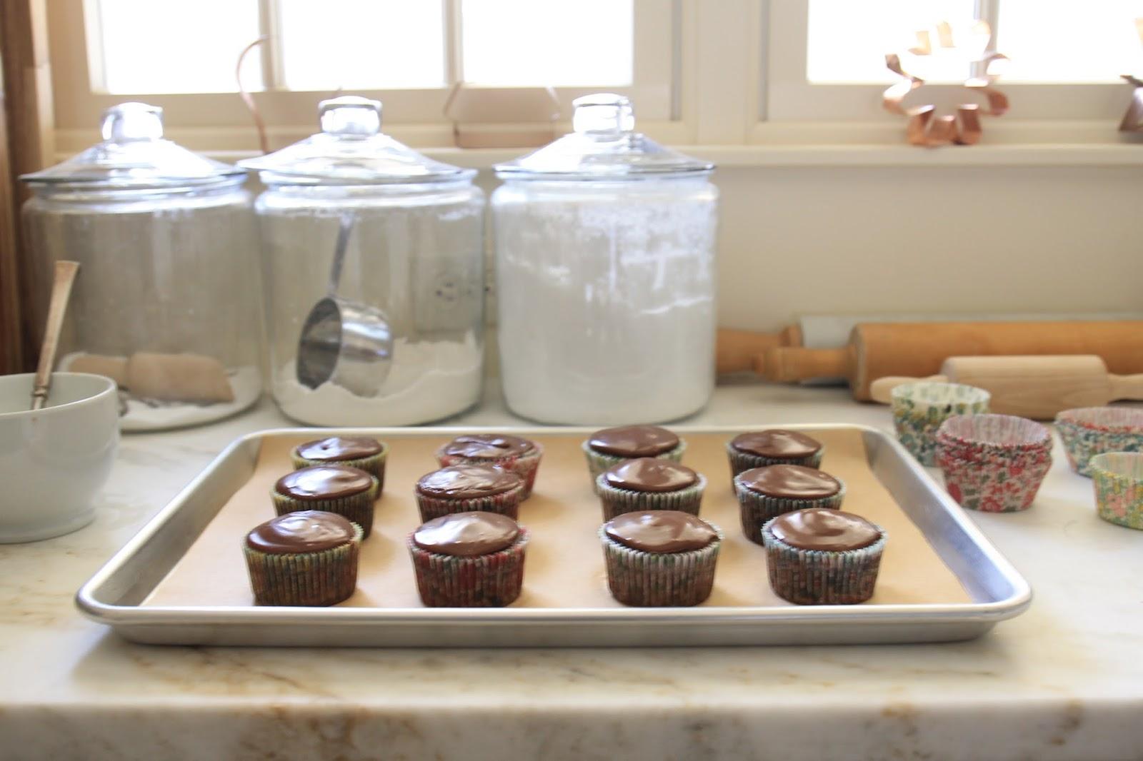 "jenny steffens hobick: ""love"" script chocolate glazed cupcakes"