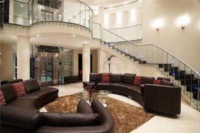 Aritco Home Lift Dan Reycom cipta Semesta Di Indonesia