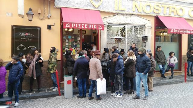 Pizzeria Concettina ai 3 Santi-Rione Sanità-Napoli