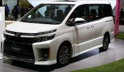Review Kelebihan dan Kekurangan Toyota Voxy 2018 Terlengkap