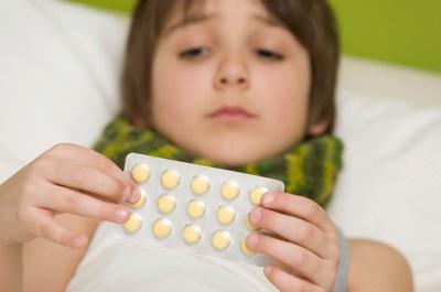 Lưu ý khi sử dụng thuốc trị ho cho con