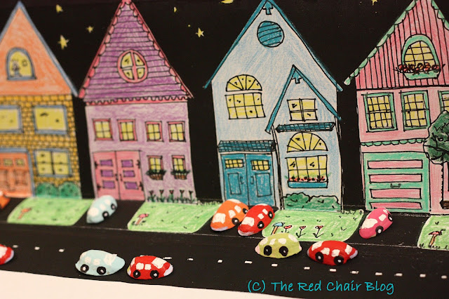 Kid craft DIY painted pistachio shell cars and printable backdrop from The Red Chair Blog