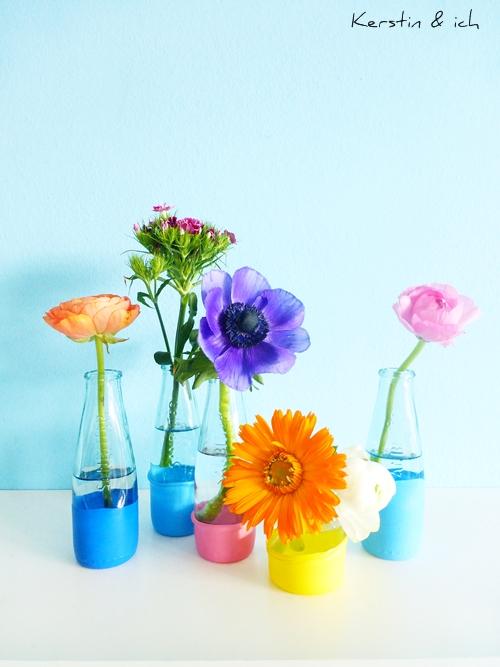 DIY-Blumenvase mit Luftballons Blumen Flowers bunt