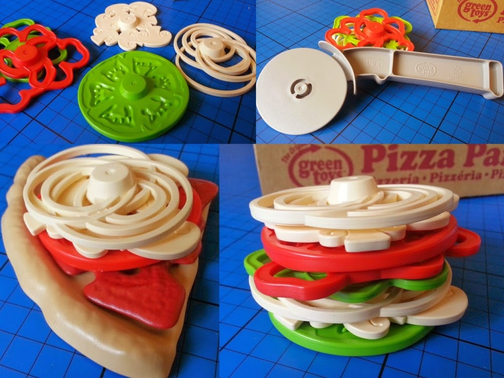 Green Toys 100% recycled plastic toy Pizza Parlour Review pizza cutter and toppings