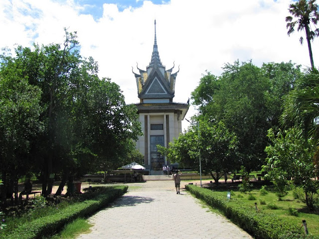 memorial tower killing fields cambodia