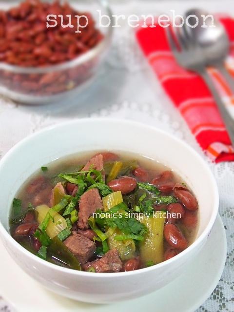 sup brenebon khas Manado