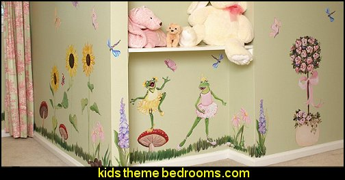 "Dancing Frogs ""Frogs 3ft "" wall - Reusable Wall Decoration"
