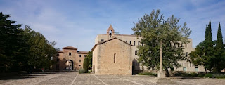 Plaza del Monasterio de Poblet.