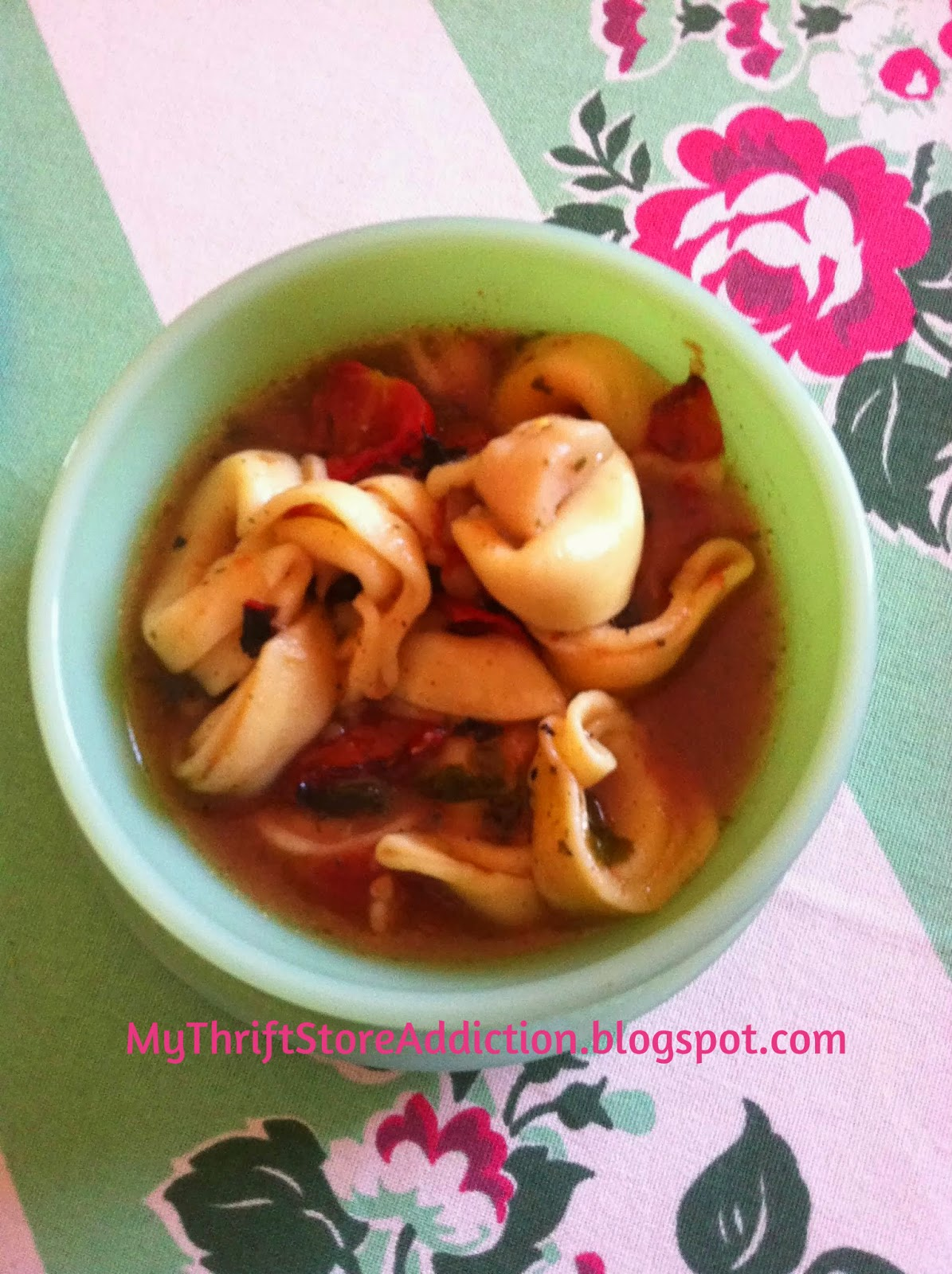 Tortellini spinach and mushroom soup