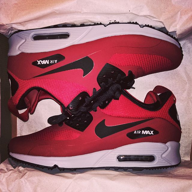 Achat du jour] Nike Air Max 90 Mid Winter Gym Red GeekMPT