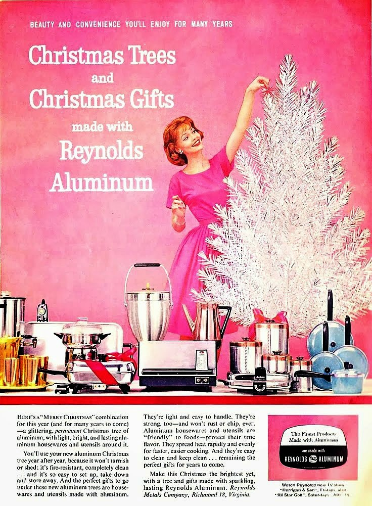 20 Bad Vintage Christmas Ads Vintage Everyday