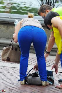 mujeres-buen-trasero-pantalon-ajustado