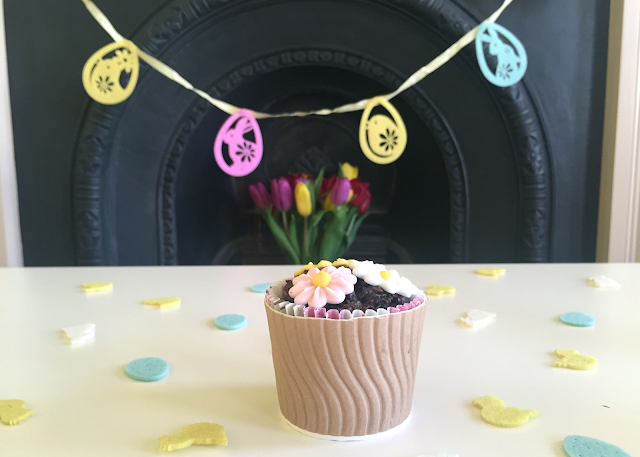 DIY Easter Flower Pot Cornflake Cake Garland Confetti