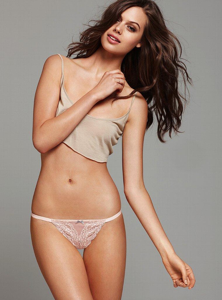 Jessica Clarke Bikini Topless Pictures  Hot Actress Picx-3981