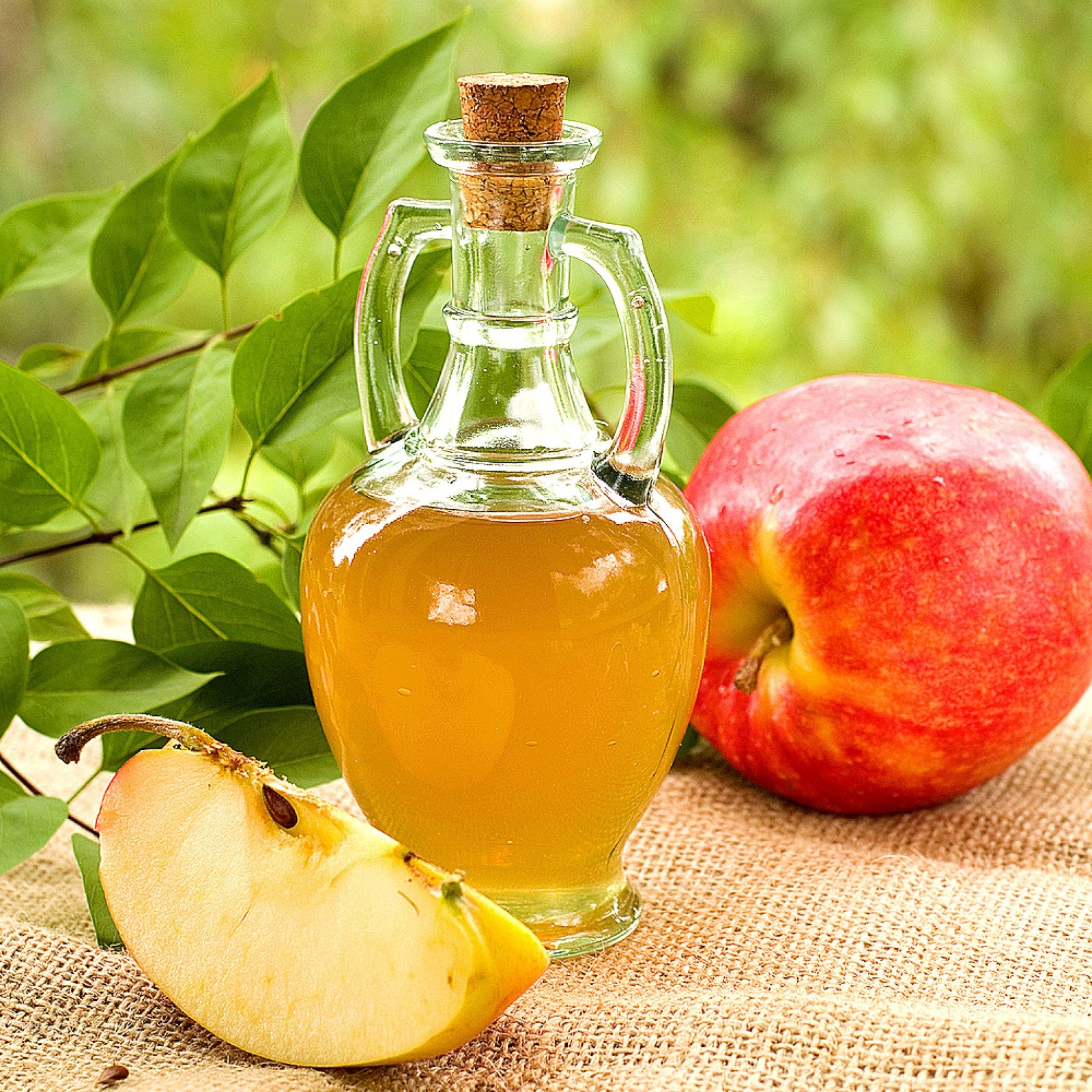 Enjuague bucal casero con vinagre de manzana