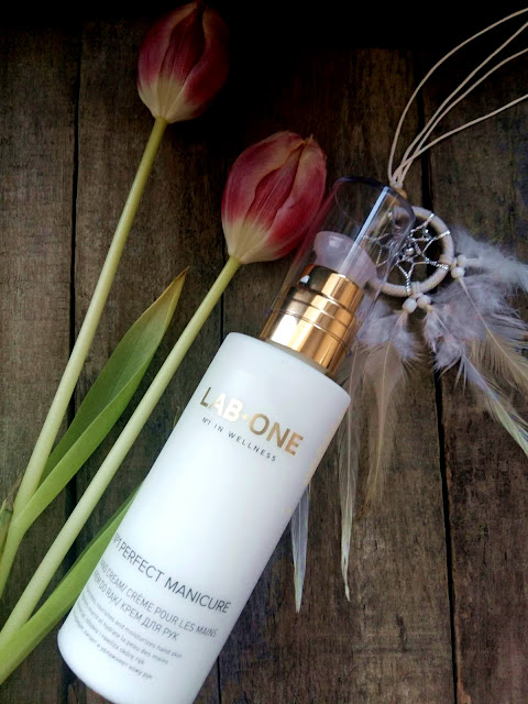 Lab One, Perfect Manicure Hand Cream, Lab One Manicure Hand Cream, Pielęgnacja, Kosmetyki, Ulubieniec Kosmetyczny Miesiąca, Adriana Style Blog, Blog Modowy Puławy, Luxurious Manicure Hand Cream, Fashion Blogger, Krem do rąk Manicure od Lab One, Najlepszy, The Best