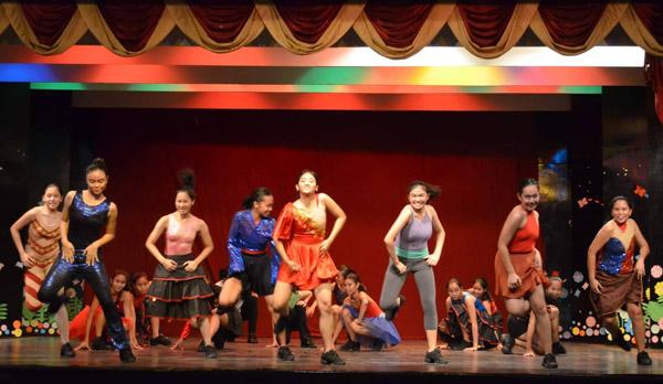 The Garcia-Sanchez School of Dance - Bacolod dance school - Bacolod ballet school - Garcia-Sanchez family - Janette Garcia-Sanchez - Giselle Sanchez Tan - Georgette Sanchez Vargas - Gianne Sanchez Sanson - Giella Sanchez