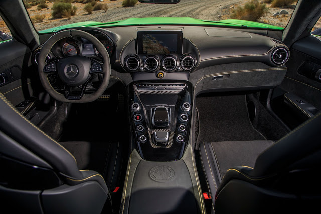Mercedes AMG GT-R Interior