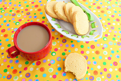 Egg-yolk cookies - Roxana's Home Baking