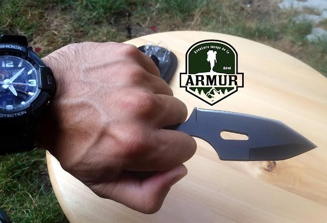 Pumnal Shadow autoaparare cutit