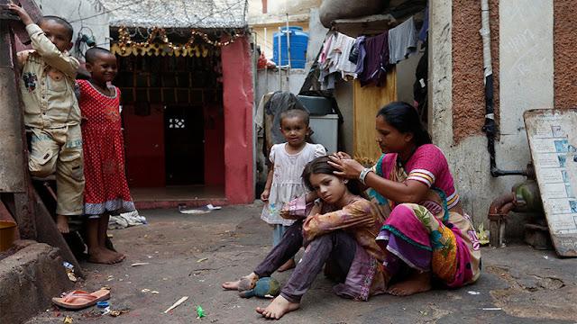Una de las principales causas de pobreza en el mundo es ... ¿ser mujer?
