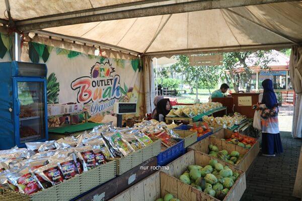 toko buah