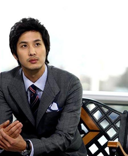 Korean Artists: Kim Ji Suk Profile