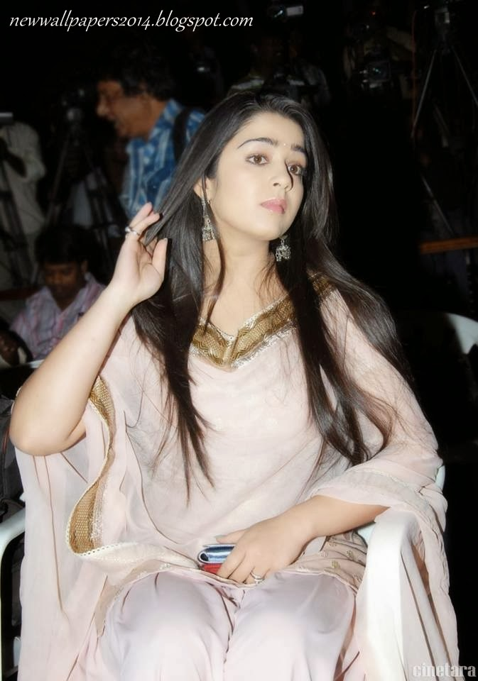 Charmi transparent bra-hot wallpapers   Girl curing her