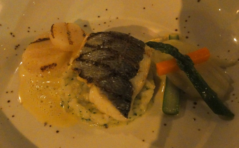 La vilette restaurant Rotterdam sea bream dorade scallops risotto carrot fennel pernod sauce