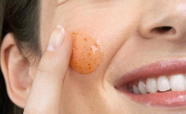 Como fazer esfoliação e limpeza de pele caseira