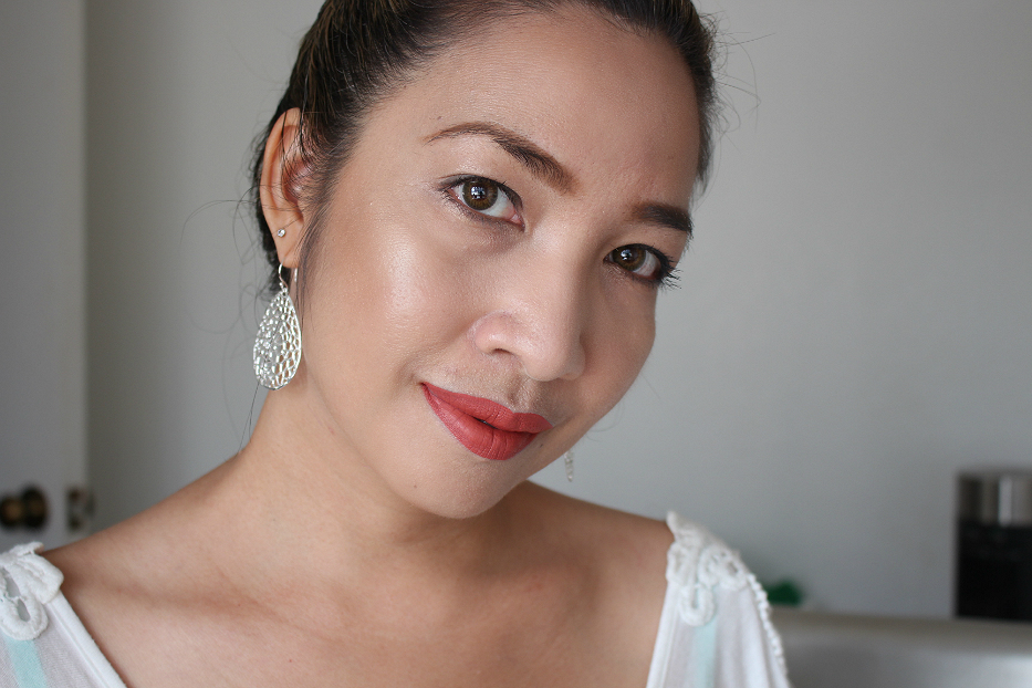 Sulwhasoo Perfecting Cushion, Anastasia Glow Kit, Smashbox Always On Liquid Lipstick, Bobbi Brown, Anastasia Liquid Lipstick, Stila Liquid Lipstick
