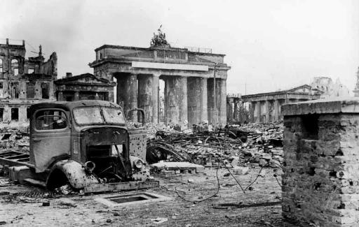 Gerbang Brandenburg di Berlin