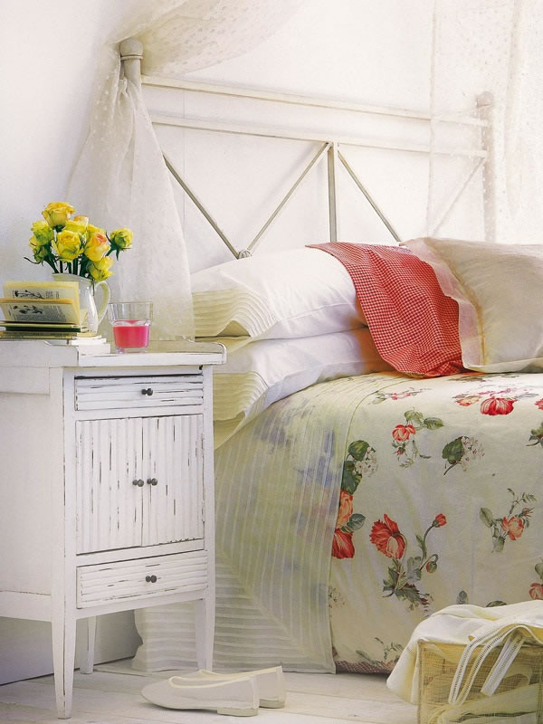 Bedrooms Decoration With Lots of Colors Combination - Best Colors Combination
