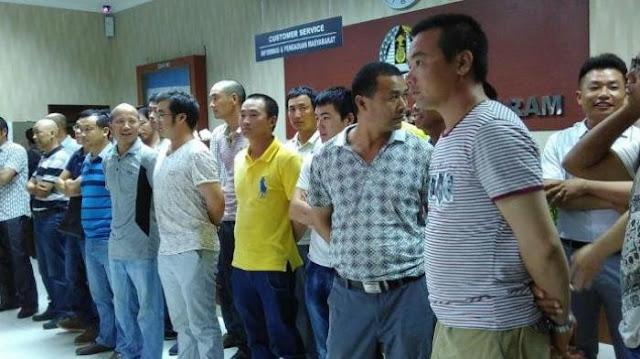 pekerja asal china