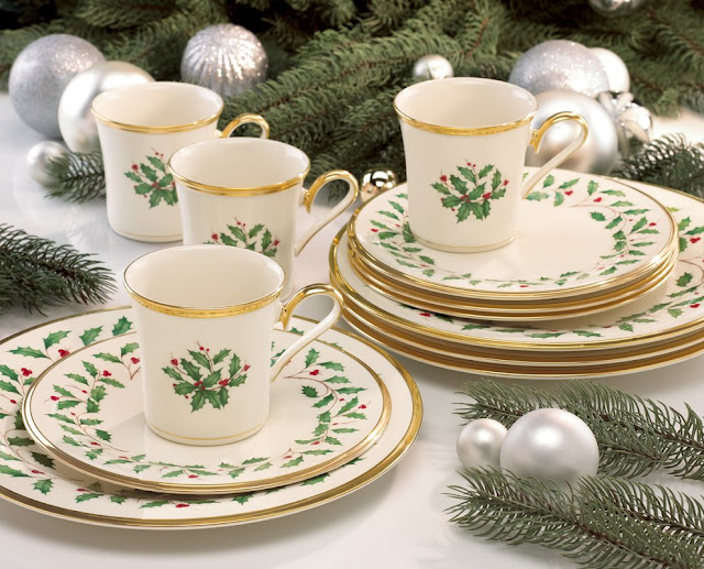 https://go.skimresources.com?id=120386X1586541&xs=1&url=https%3A%2F%2Fwww.wayfair.com%2Fkitchen-tabletop%2Fpdx%2Flenox-holiday-12-piece-dinnerware-set-service-for-4-lnx6591.html