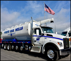 White Oak Mills 7-Axle Kenworth T880S
