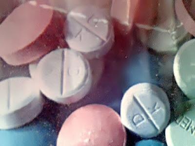 Gambar Kriteria Pemilihan Obat Esensial, Penerapan Konsep Obat Esensial Dan Registrasi Obat Esensial