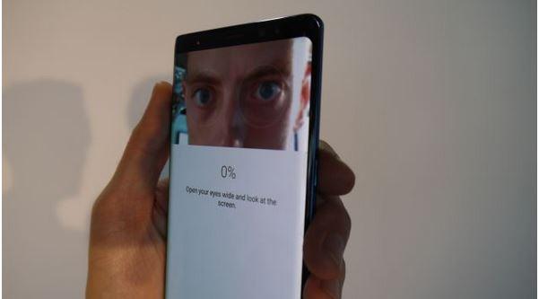 sensor biometrics iris mata dan wajah samsung galaxy note 8