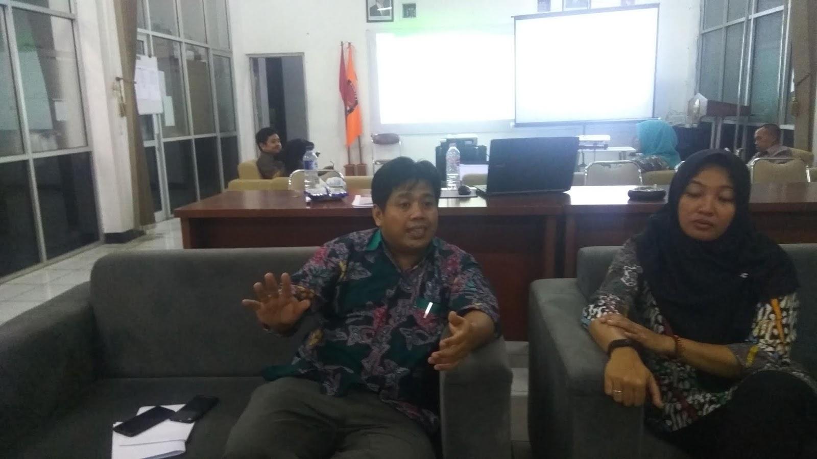 Asma' Khozin, S. Psi. Situng KPU Bukan Real Count