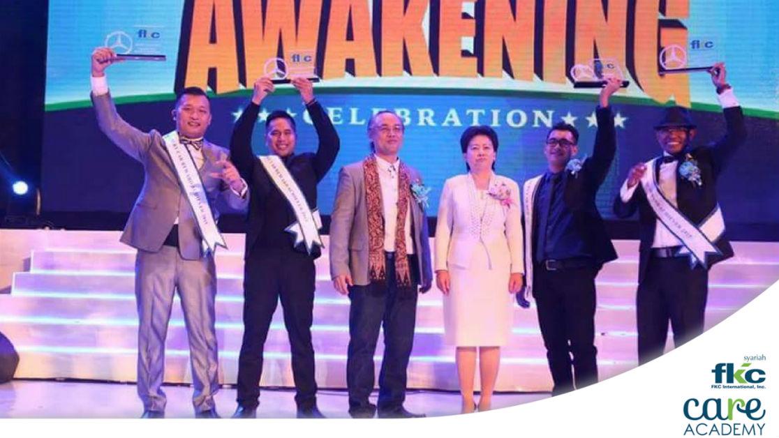 Bisnis Fkc Syariah - Top Leader Bisnis Fkc - Angelous Solapung