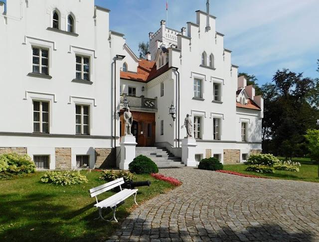 front, pałac, Grodków, opolskie