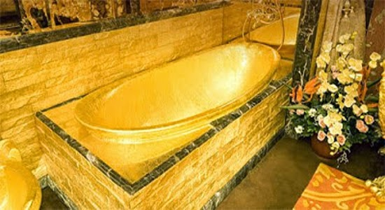Gold Bathroom Design With 380Kg Pure Gold In Swisshorn Gold Palace