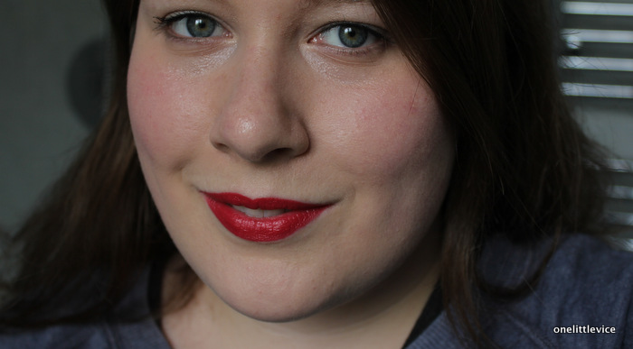 one little vice beauty blog: bagsy new makeup line red lipstick